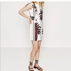 Zara White-bamboo print Ruffle Dress Medium M